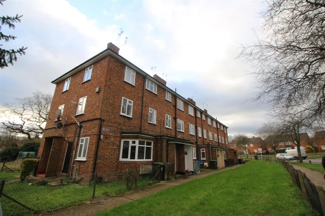 View Full Details for Hillyfields, Loughton